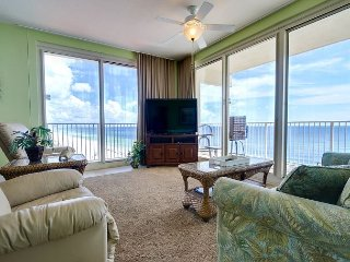 Large Corner Unit with Private Balcony - Free Tickets to local attractions - Panama City Beach vacation rentals