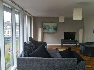 Stunning George Square Penthouse - Glasgow vacation rentals