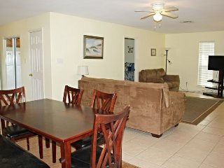 3 bedroom House with Internet Access in Aransas Pass - Aransas Pass vacation rentals