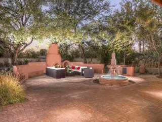 3 bedroom House with Deck in Scottsdale - Scottsdale vacation rentals