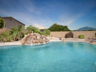 Perfect House in Glendale with Deck, sleeps 10 - Glendale vacation rentals