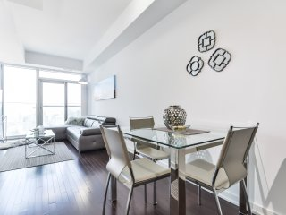 Deluxe 1 Bedroom Apartment - Toronto vacation rentals