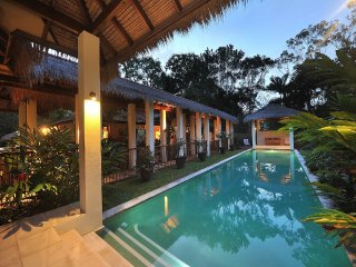 Villa 9 - Surya Beachfront Villas - 3 Bedroom, 2 Bathroom - Port Douglas vacation rentals