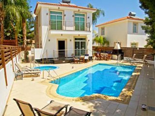 Villa Istaria- 4 bedroom with pool & Jacuzzi, WIFI - Protaras vacation rentals
