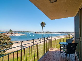 2BR, 2BA Mission Beach Condo with Bayside Views and Central Location - San Diego vacation rentals