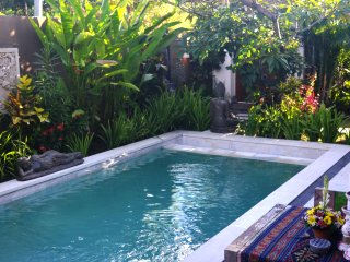 Bali Bukit BackPacker & Surfer PoolSide Villa - Uluwatu vacation rentals