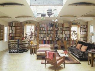 Beautiful Duplex 2 Bedroom Apt/Heart of Gramercy - New York City vacation rentals