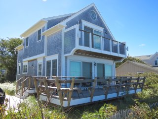Custom Beach House Directly on the Water, Sleeps 6 : 016-B - Brewster vacation rentals