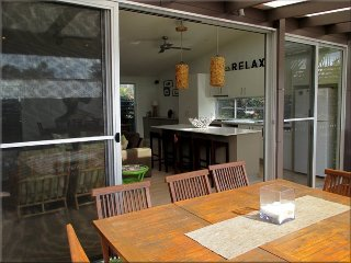 Surfside Surfside at Caves Beach 2 nights - Lake Macquarie vacation rentals