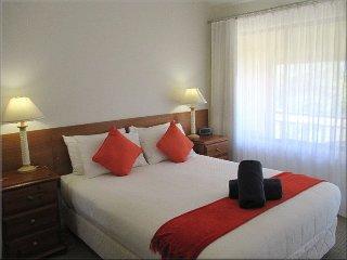 402 Corella Lakeview Terrace Corella Lakeview Resort - Resort Accommodation 2 nights - Cams Wharf vacation rentals