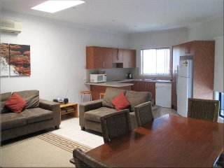 Flexi 3 Belmont Flexi 3 2 nights - Belmont vacation rentals