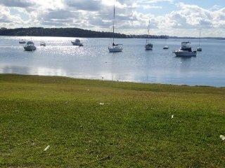 Lakefront Simplicity Lakefront Simplicity 2 nights - Lake Macquarie vacation rentals