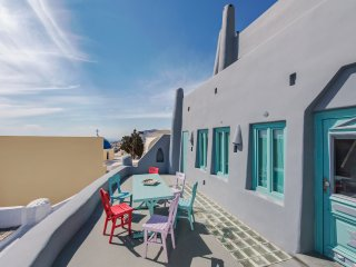 3 bedroom House with Internet Access in Fira - Fira vacation rentals