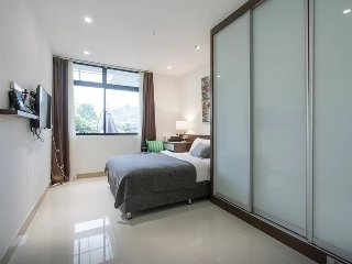 Master Room & private bathroom 3 in Terrace house - Singapore vacation rentals