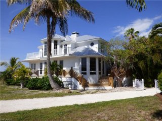 3 bed villa  on Useppa Island with private boat - Cape Coral vacation rentals