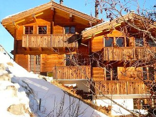 2 bedroom Apartment in Saas Fee, Valais, Switzerland : ref 2241749 - Saas-Fee vacation rentals