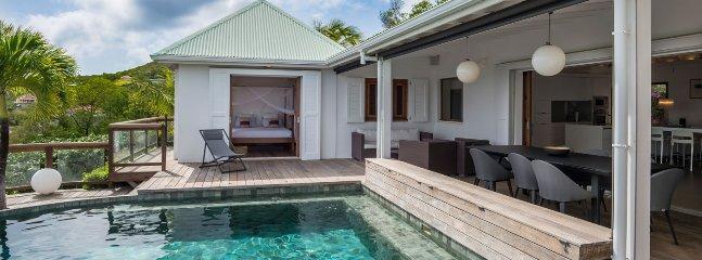Villa Ocean Five 3 Bedroom SPECIAL OFFER - Flamands vacation rentals