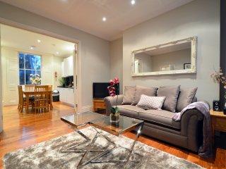 Albert Bridge Apartments - 3 Bedroom Townhouse (1) - London vacation rentals