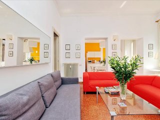 Huge 4bdr in the city center - Rome vacation rentals