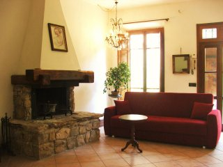 Authentic Tuscan retreat with parking near Lucca - Santa Maria del Giudice vacation rentals