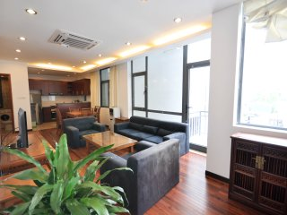 Spacious 2BR Modern Lofthouse Apartment West Lake - Hanoi vacation rentals