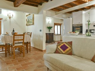Agatha - Florence Oltrarno area 3 bedrooms - Florence vacation rentals