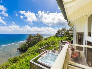 Spectacular Ocean Bluff Home in Princeville, Hard to beat privacy, spacious! - Princeville vacation rentals