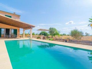 ES CANDILS - Villa for 8 people in Campos - Campos vacation rentals