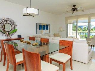 Condo Mareazul Vida Dulce - Playa del Carmen vacation rentals