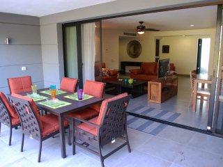 Nick Price Condo Green - Playa del Carmen vacation rentals