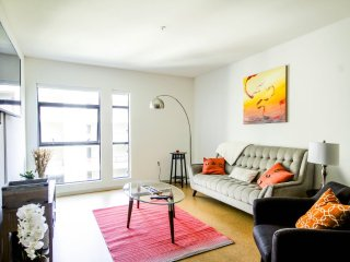 Furnished 2-Bedroom Apartment at Hollywood Blvd & Argyle Ave Los Angeles - Los Angeles vacation rentals