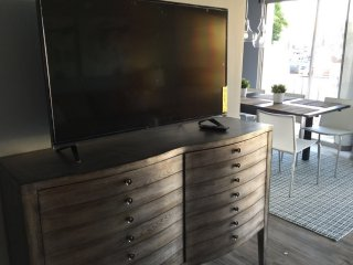 2 bedroom Condo with Internet Access in Santa Monica - Santa Monica vacation rentals