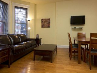 Beautiful 3 Bed 1 Bath Apartment - Manhattan vacation rentals