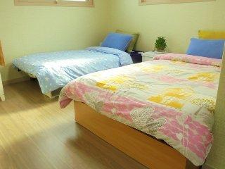 Bright 4 bedroom Villa in Seongnam-si - Seongnam-si vacation rentals