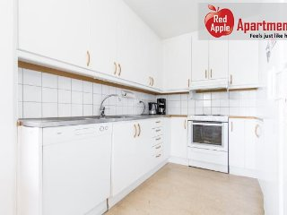Unique 3 Bedroom Apartment in Stockholm - 6009 - Stockholm vacation rentals
