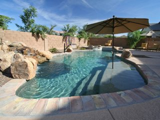 Gilbert Estate - 4600 sqft, Sleeps 12, Pool & Spa - Gilbert vacation rentals