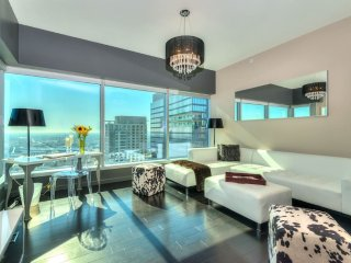 Downtown High-rise in the heart of the city! - Columbus vacation rentals