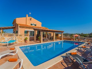 Nice House with Internet Access and Shared Outdoor Pool - Capdepera vacation rentals