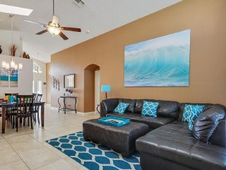 BREEZES VILLA / 5 MINS DISNEY 4BR/3BA POOL LUXURY VILLA - Four Corners vacation rentals