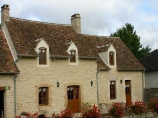 Nice House with Internet Access and Television - Ancinnes vacation rentals