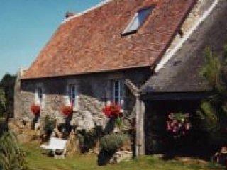 MOULINS LE CARBONNEL - 6 pers, - Moulins-le-Carbonnel vacation rentals