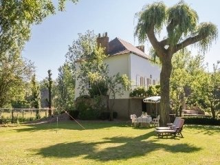 Nice House with Television and Microwave - Saint-Herblon vacation rentals