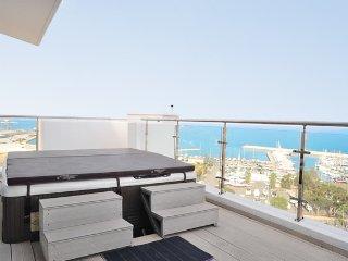 3b Seaview Duplex Penthouse1 Hot tub - Finikoudes beach - Larnaca District vacation rentals