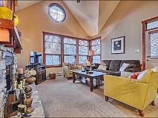 Lovely Mountain and Forest View - Adjacent to Le Geant Golf Course (6166) - Mont Tremblant vacation rentals