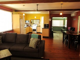 OceanView OceanView 2 x nights - Blacksmiths vacation rentals