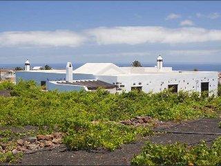 Villa in Teguise, Lanzarote 102692 - Teseguite vacation rentals