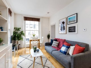 1 Bed in Covent Garden - Very Near Tube - London vacation rentals