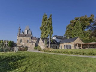 22 bedroom House with Internet Access in Stoumont - Stoumont vacation rentals