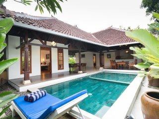 2 BD Pool Villa Dahlia Seminyak Center - Seminyak vacation rentals