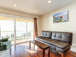 Dog-friendly oceanview condo w/ great location & nearby beach access! - Lincoln City vacation rentals